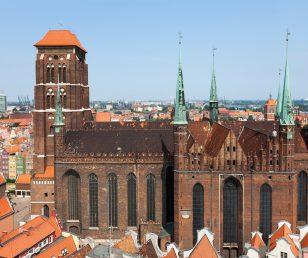 Bazylika Mariacka w Gdańsku. Zastosowano cegły gotyckie