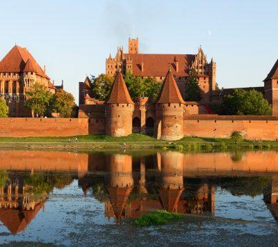 Zamek w Malborku. Zastosowano: cegły standardowe, gotyckie oraz klasztorne