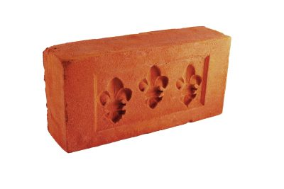 Cegła palcówka z odciskami lilijki ręcznie formowana na zamówienie od producenta Cegielnia Trojanowscy Kraśnik