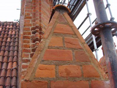 Gdańsk renowacja elewacji z polskiej cegły i kształtek od producenta Cegielnia Trojanowscy