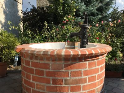 Studnia cegła standardowa czerwona ręcznie formowana polska cegła