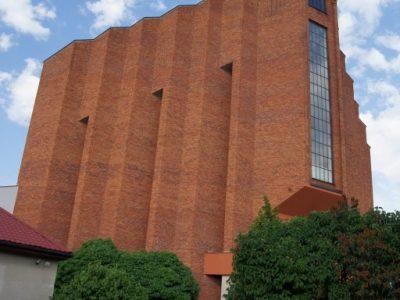 church lublin poland restored refurbished polish brick handmade handcrafted producer brickyard