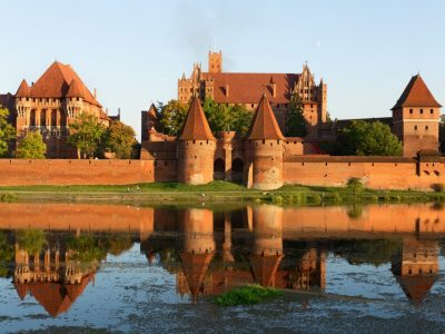 malbork castel refurbished hadcrafted glazed brick floor tiles manufactory brickyard trojanowscy