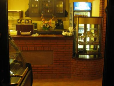 restaurant brick red manufacturer