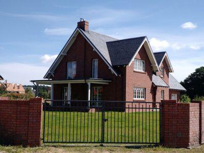 cegła ręcznie formowana czerwona elewacyjna ogrodzenie dom manufaktura cegieł cegielnia trojanowscy kraśnik