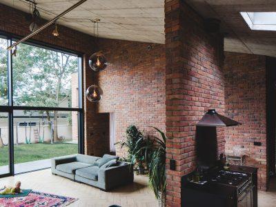 Haus mit altem Ziegelstein